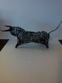 Petit Toro (fil de fer noir)