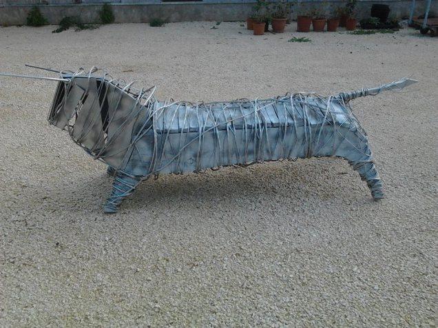 Petit Toro (plaques de métal)